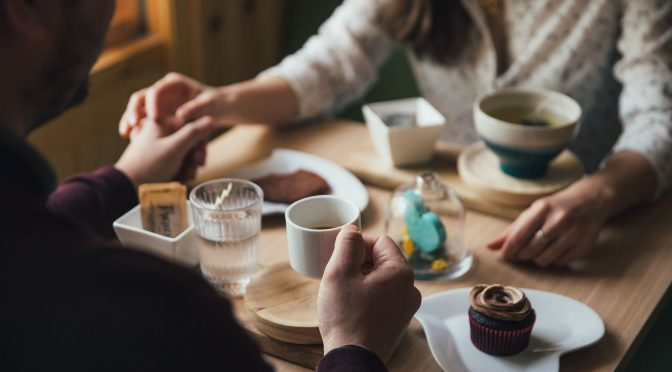 Should You Be More Vulnerable On A Date?