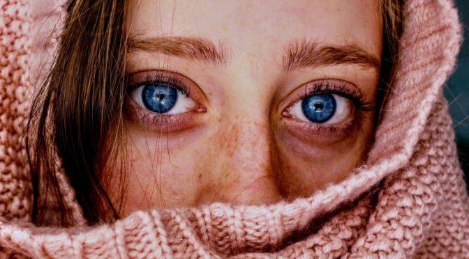 eye color AnastasiaDate