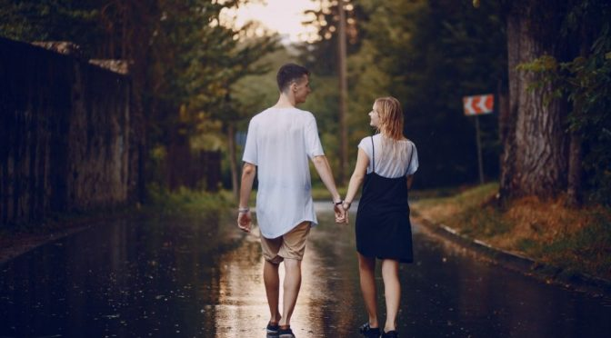 You Should Be Doing This 5-Minute Relationship Hack Now